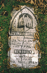 Grave of Teunis Schuppert and Hendrina Landeweerd.
